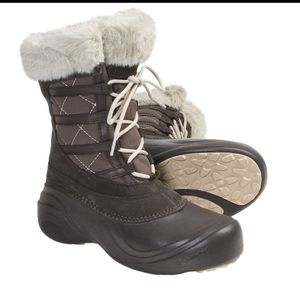 Columbia Sierra Summit lace up boots